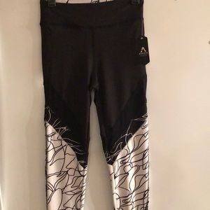 NWT Athletic Collection Brand Leggings